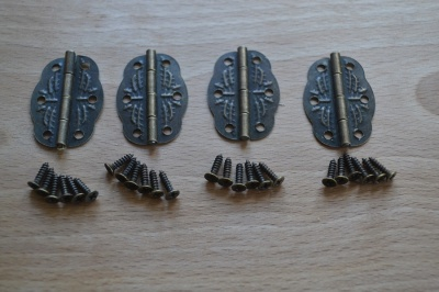 Box Hinges Antique Bronze (4's )