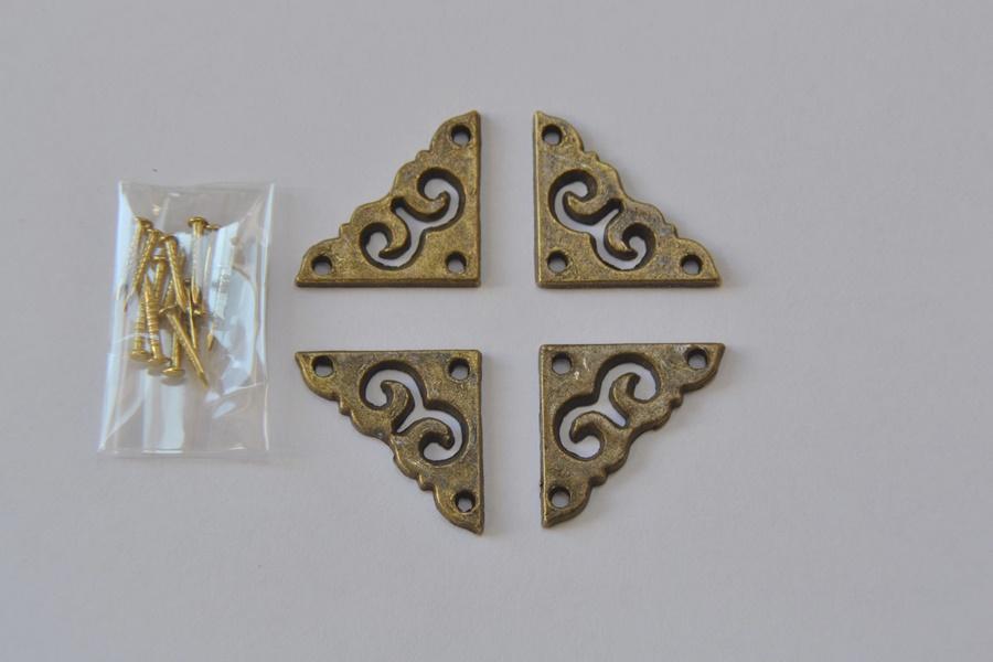 Antique brass finish decorative corner set prokraft